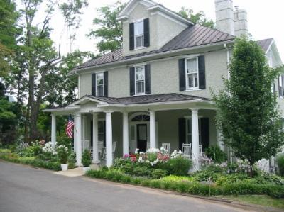 Grey Horse Inn Bed and Breakfast, The Plains, Virginia, Pet Friendly