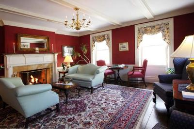 Harbor Light Bed and Breakfast Inn, Marblehead, Massachusetts
