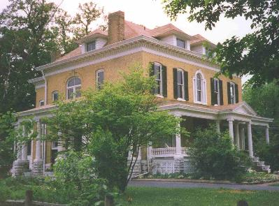 BEALL MANSION An Elegant Bed & Breakfast Inn, Alton, Illinois, Romantic