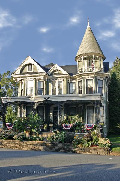 Gelinas Manor Victorian Bed and Breakfast, Carlisle, Pennsylvania