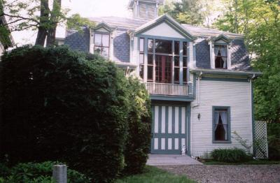 "Victorian ""Painted Lady"" - Carriage House Inn, Searsport, Maine"