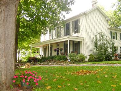 First Farm Inn Bed and Breakfast, Cincinnati , Ohio, Pet Friendly, Romantic