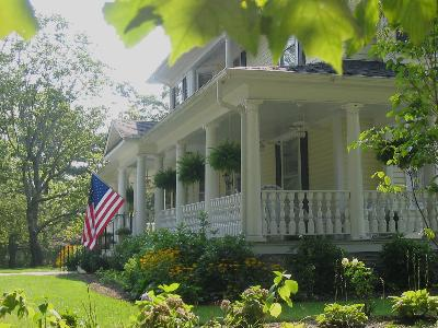 The Elizabeth Leigh Bed and Breakfast Inn, Hendersonville, North Carolina
