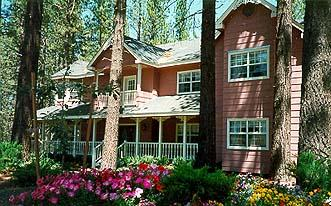 Apples Bed & Breakfast Inn, Big Bear Lake, California