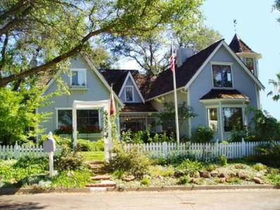 Tiffany House Bed & Breakfast, Redding, California, Romantic