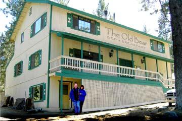 The Old Bear Bed & Breakfast, Pine Mountain Club, California