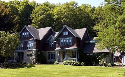 Stonover Farm Bed & Breakfast, Lenox, Massachusetts, Pet Friendly, Romantic