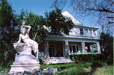 The Strickland Arms Bed & Breakfast, Austin, Texas
