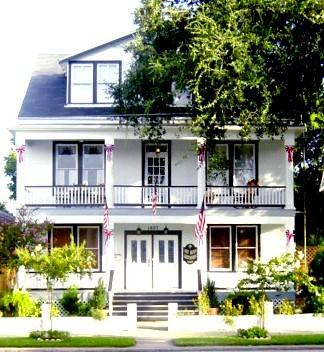 Lost Bayou Guesthouse B&B, Galveston, Texas