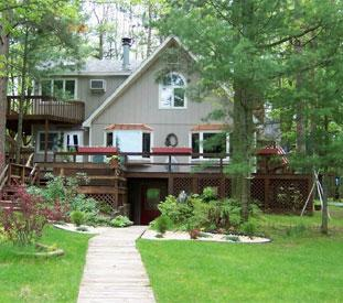 Lake 'N Pines Lodge, Interlochen, Michigan