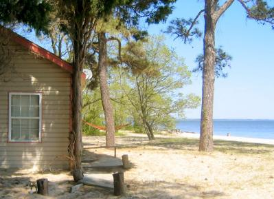 Miraculous Camp Merryelande Vacation Cottages St George Island Home Interior And Landscaping Ponolsignezvosmurscom