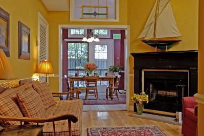 Celie's Waterfront Bed & Breakfast, Baltimore, Maryland, Pet Friendly, Romantic
