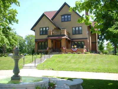 An Historic Westphal Mansion Inn Bed and Breakfast, Hartford, Wisconsin, Romantic