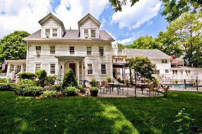 Abalonia - Inn located in Center. Walk to Beach, Ogunquit, Maine, Pet Friendly, Romantic